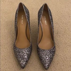 Size 9 Silver Sparkly heels/pumps